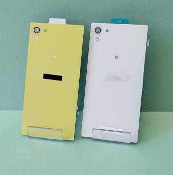 Задняя крышка Sony Xperia Z5 compact, E5803, E5823, белая.