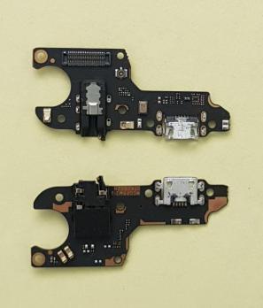 Нижняя плата с разъемом зарядки и микрофоном Oppo A3S (CPH-1803)